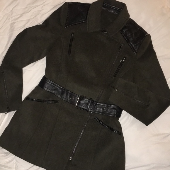 Forever 21 Jackets & Blazers - Olive green and black jacket/coat